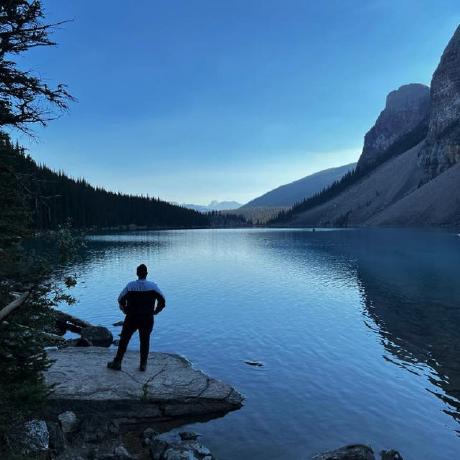 udit agarwal's avatar