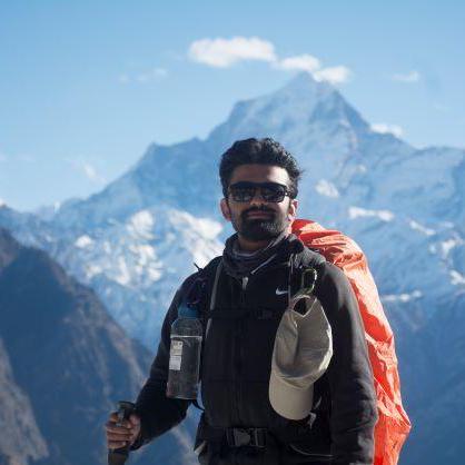 Dhairya Nadapara's avatar