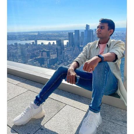 Kavish Sanghvi's avatar
